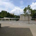 Der Parcours (Blick vom Schulgebäude)