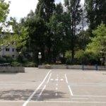 Schulhof (Blick von der OGS)